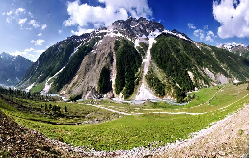 Rondreis INDIA: PUNJAB, JAMMU, KASHMIR EN LADAKH - 22 dagen; Maanlandschap in 'Klein Tibet'